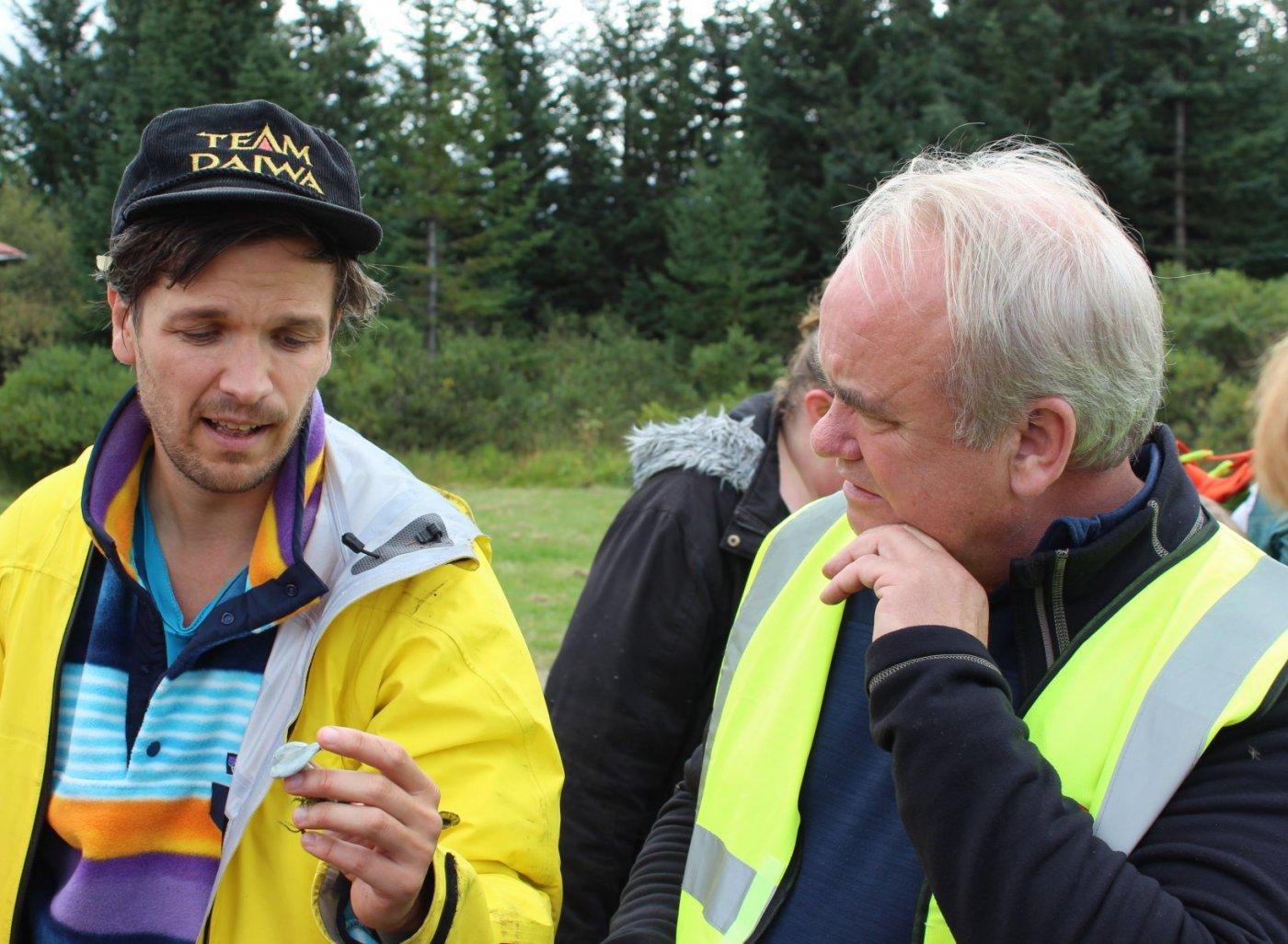 Gísli Már Gíslason og gestur í sveppagöngu 2016