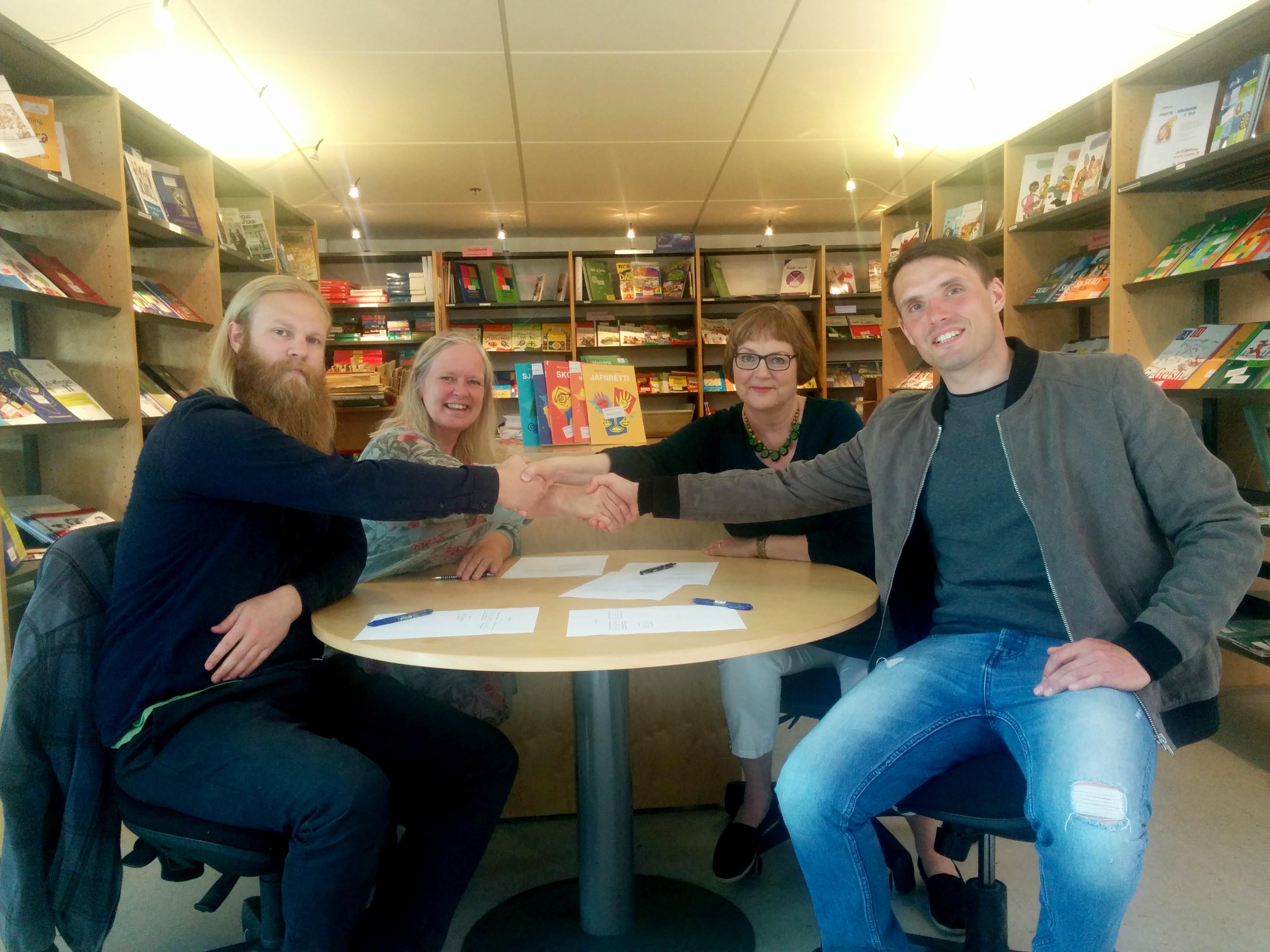Arna H. Jónsdóttir lektor, Kristin Dýrfjörð dósent, Eysteinn Sindri Elvarsson og Birkir Guðjón Sveinsson