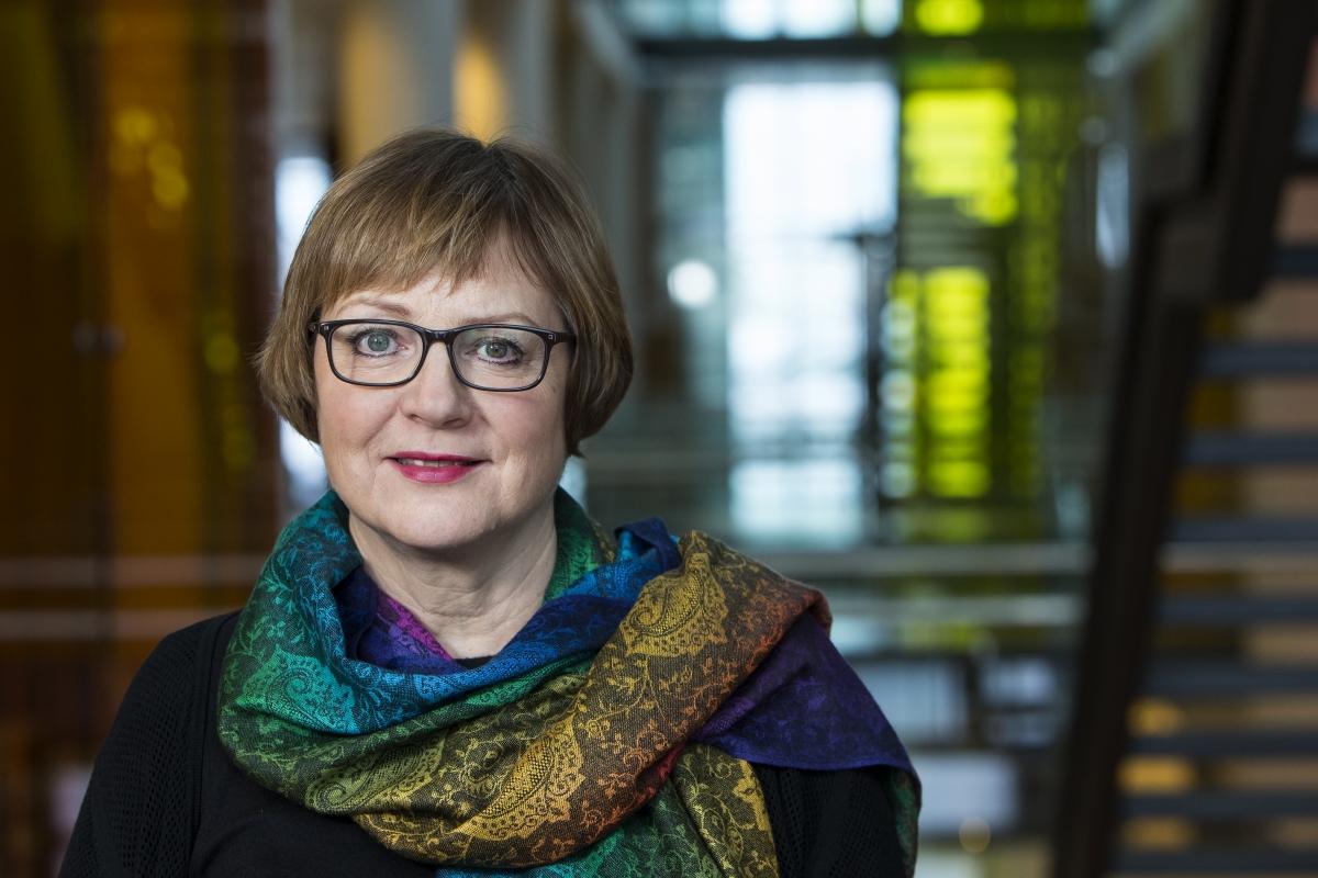 Arna H. Jónsdóttir