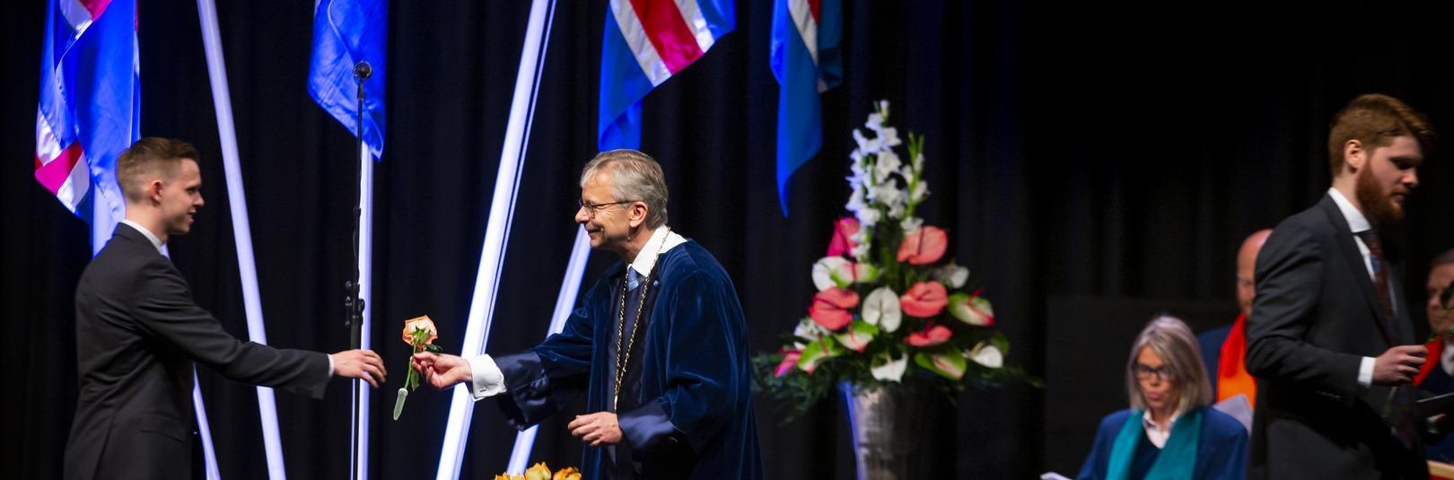 Brautskráning Háskóla Íslands - á vefsíðu Háskóla Íslands