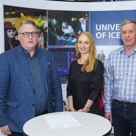 Ingi Rúnar deildarforseti, Inga Minelgaité og Theodór Ottósson.