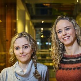 Sigrún Þorsteinsdóttir doktorsnemi og Anna Sigríður Ólafsdóttir prófessor