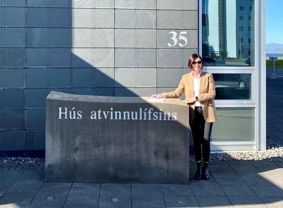 Ásta Dís Óladóttir, dósent við Viðskiptafræðideild, við Hús atvinnulífsins
