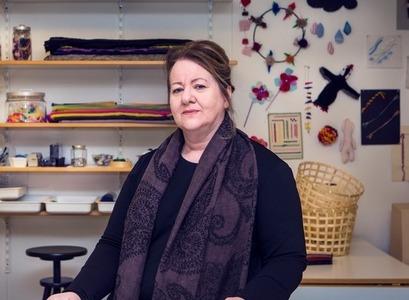 Ásdís Jóelsdóttir, lektor í textíl við Háskóla Íslands, stofanandi Rannsóknarstofu í textíl.