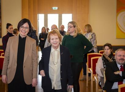 Ásta Dís Óladóttir og frú Vigdís Finnbogadóttir