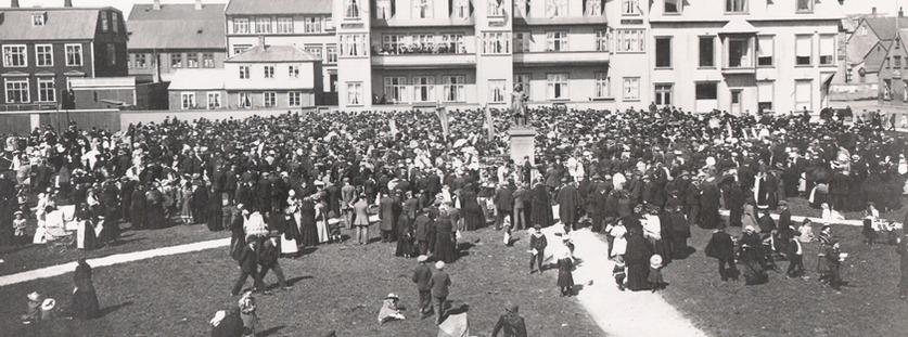 Frá stofnun Háskóla Íslands á Austurvelli 17. júní 1911